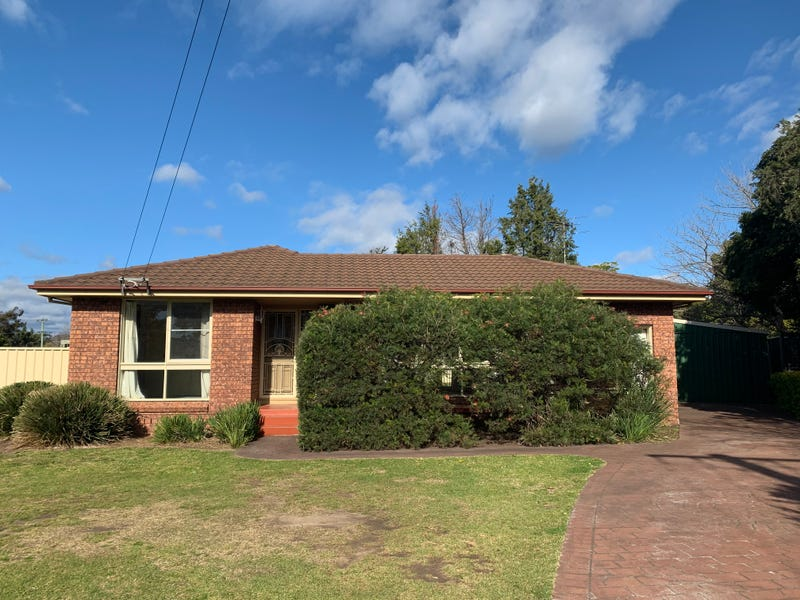 8 Amblecote Place, Tahmoor, NSW 2573