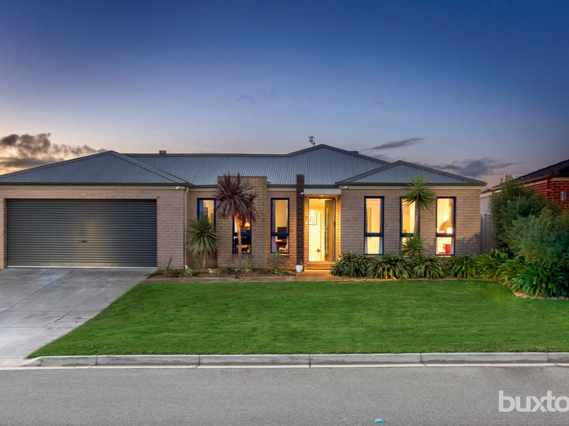 2 Lynrose Close, Sebastopol, Vic 3356