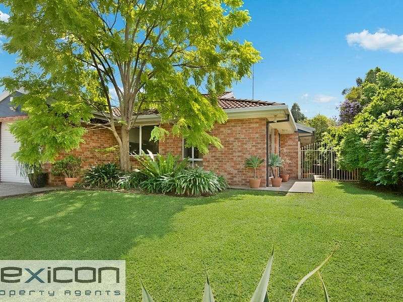 9 Faulkland Cres, Kings Park, NSW 2148