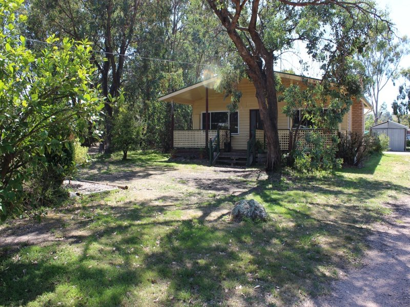 37 Narrobuk Street, Coongulla, Vic 3860