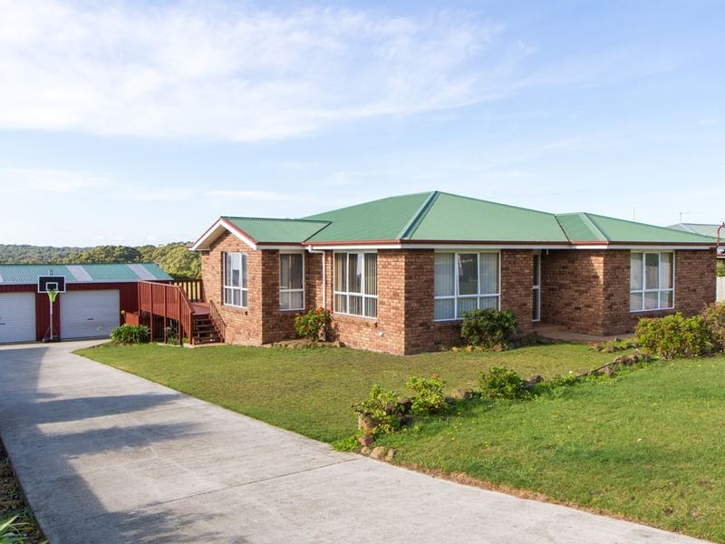 27 Sampson Avenue, Smithton, Tas 7330