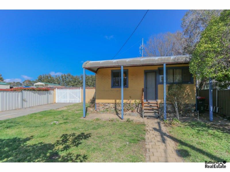 3 Griffin Street, Mitchell, NSW 2795