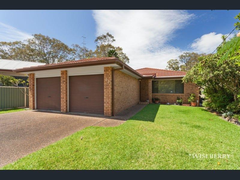 22 Wyreema Avenue, Charmhaven, NSW 2263