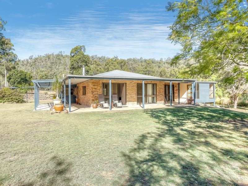 399 Jones Road, Withcott, Qld 4352