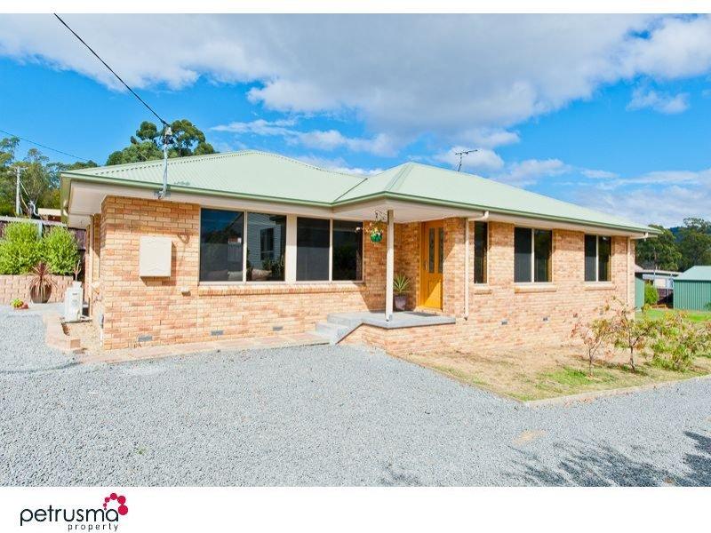 8 Hopwood Street, Coningham, Tas 7054