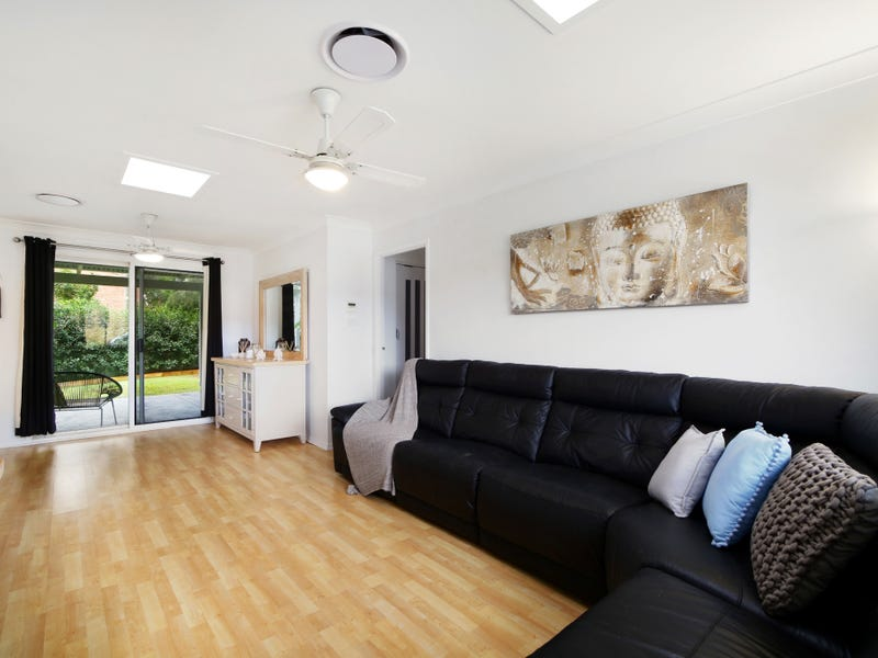 12 Woodport Cl, Green Point, NSW 2251