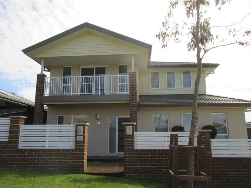 24 Handley Street, Helensburgh, NSW 2508