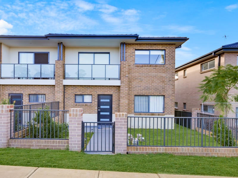 1/26-28 Third Avenue, Macquarie Fields, NSW 2564