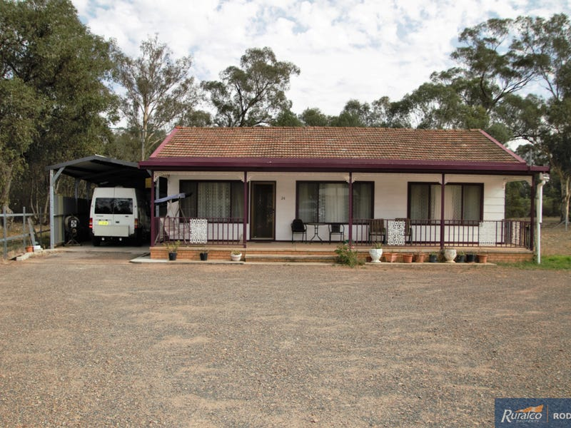 24 Manson Street, Pleasant Hills, NSW 2658