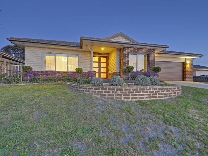 19 Manor Rise, Morwell, Vic 3840