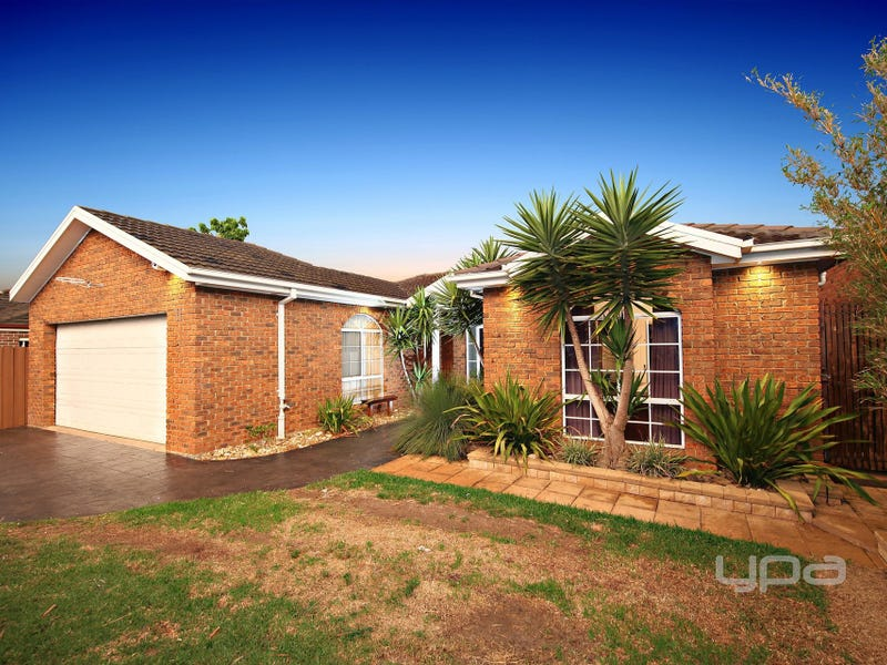 11 Moonlight Terrace, Sydenham, Vic 3037
