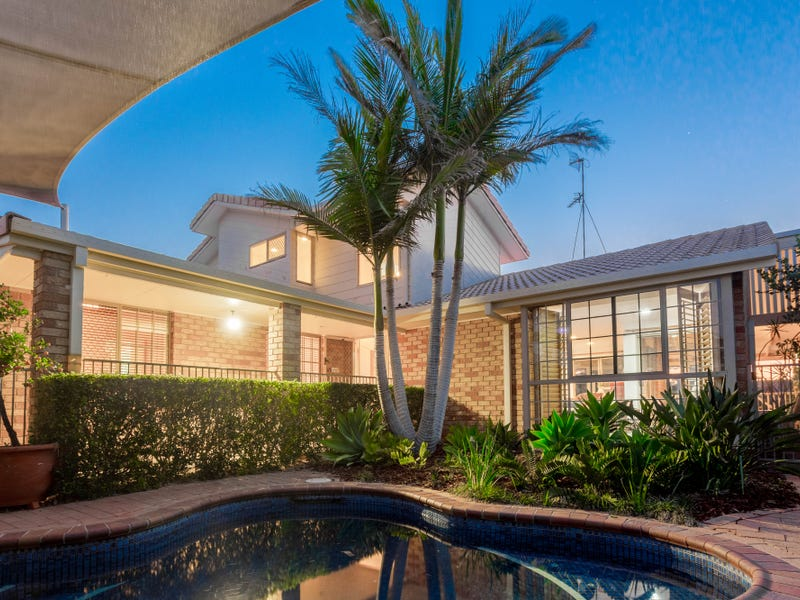48 Seaspray Street, Paradise Point, Qld 4216