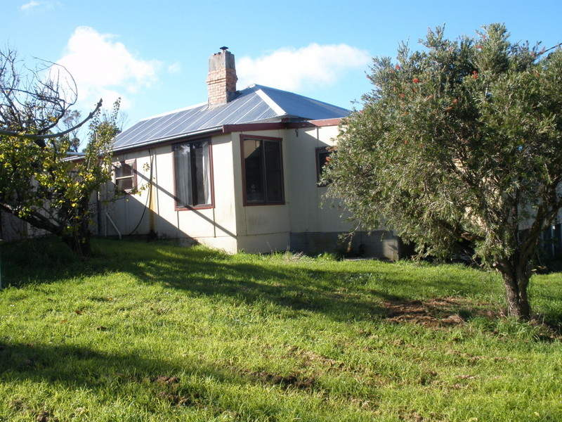 17 Main Street, Lady Barron, Whitemark, Tas 7255