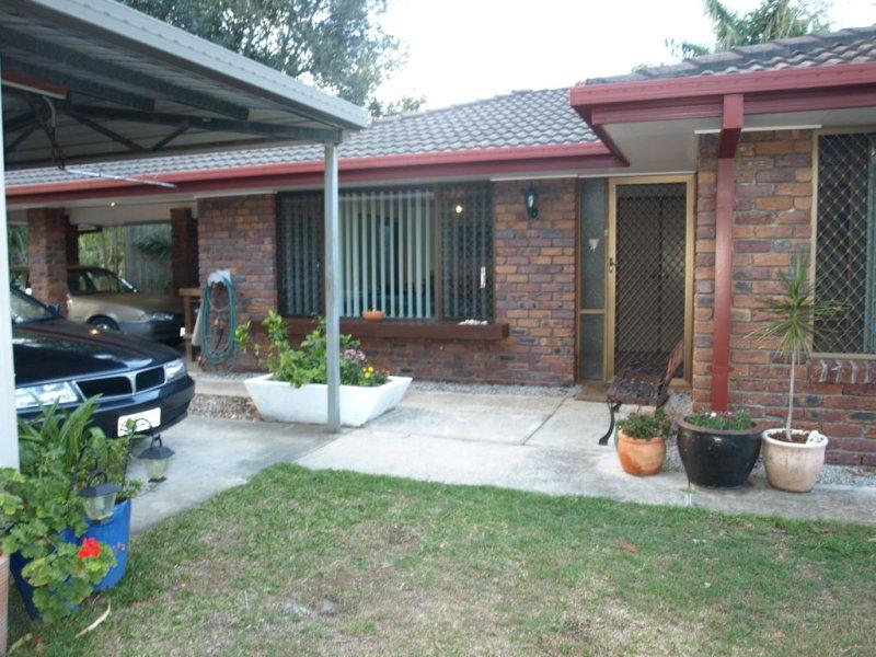 22 Eucumbene Drive, Petrie, Qld 4502