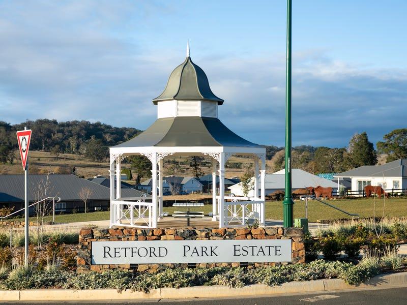 18 Sir James Fairfax Circuit, Bowral, NSW 2576