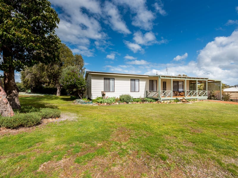 7 Adam Street, Williams, WA 6391