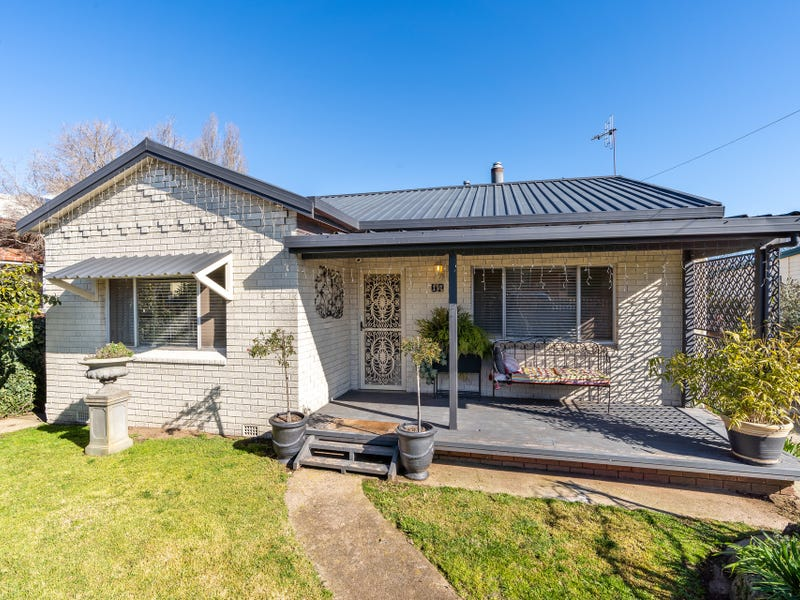17 Autumn Street, Orange, NSW 2800