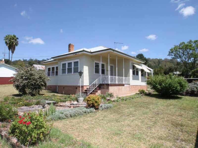23 Lennox Street, Quirindi, NSW 2343