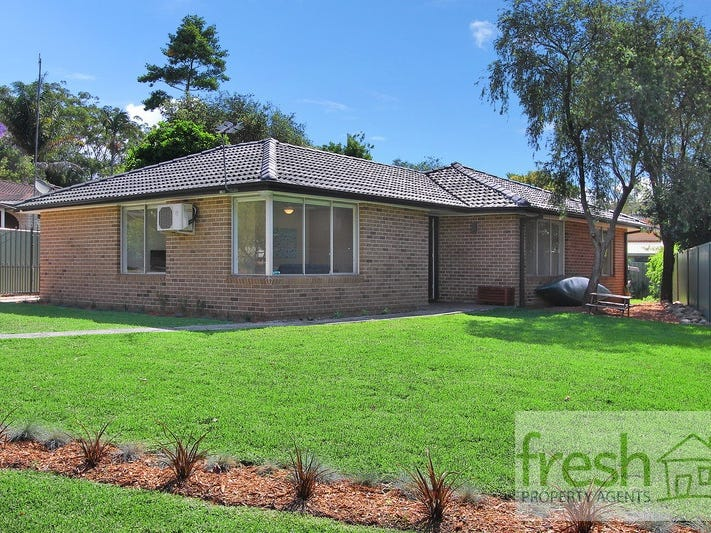 8 Waterside Close, Point Clare, NSW 2250