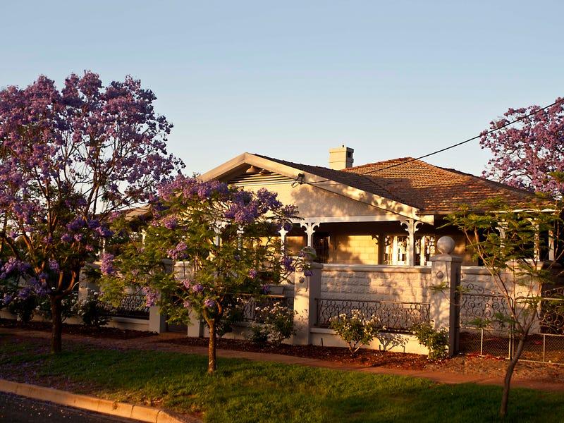 66 GRACE STREET, Lake Cargelligo, NSW 2672