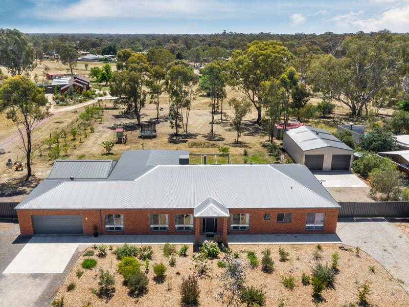 4 Airey Street, Huntly, Vic 3551