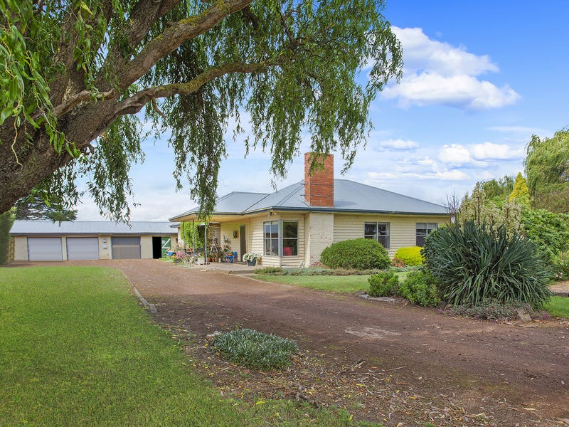 329 Roycrofts Road, Boorcan, Vic 3265