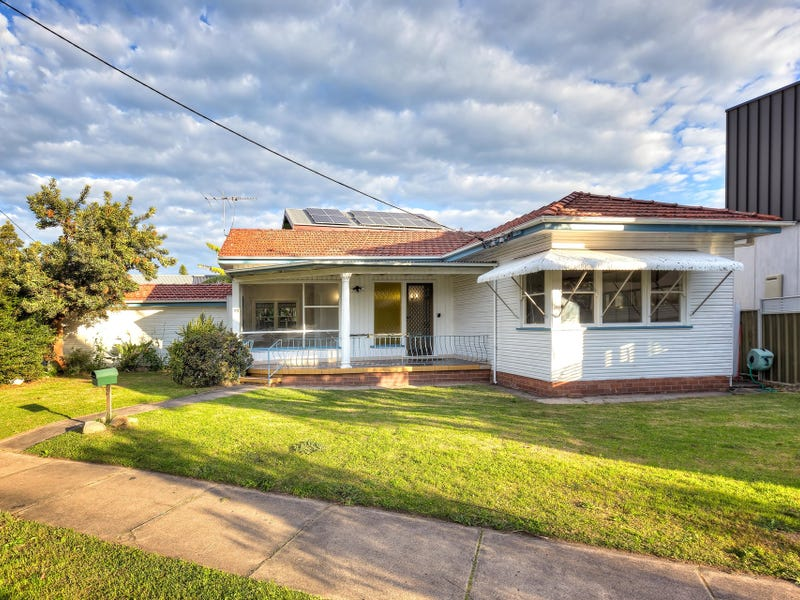 2B The Avenue, Maryville, NSW 2293
