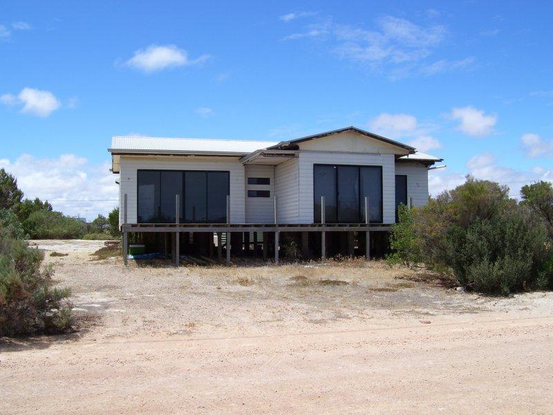 119 The Esplanade, Thompson Beach, SA 5501