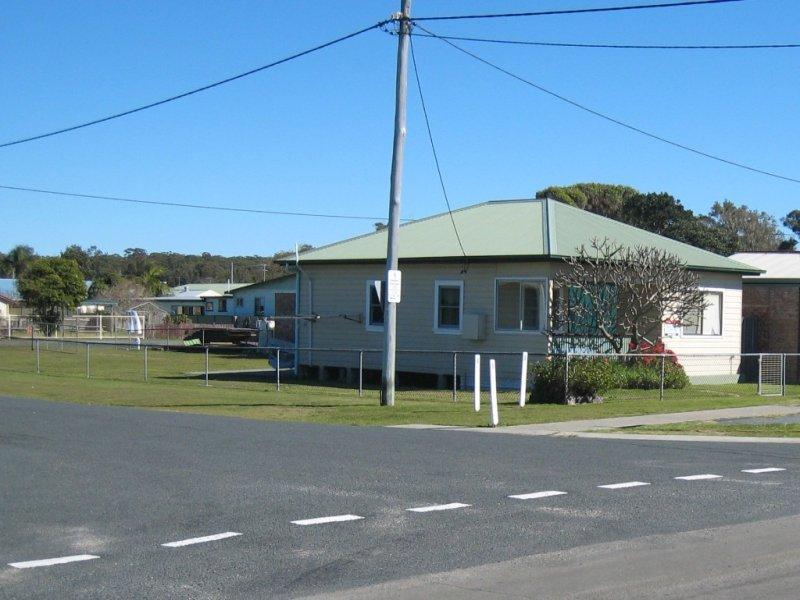 22 Straight St, Hat Head, NSW 2440
