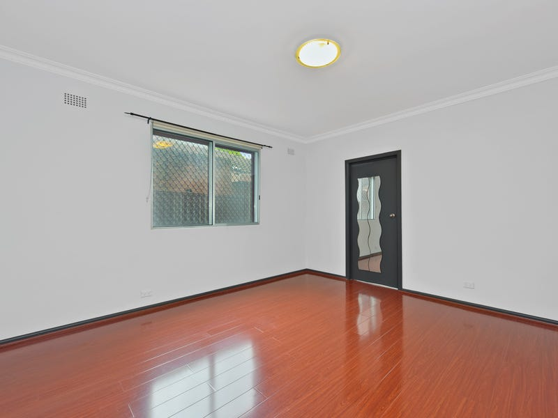 2/68 Liverpool Road, Burwood Heights, NSW 2136