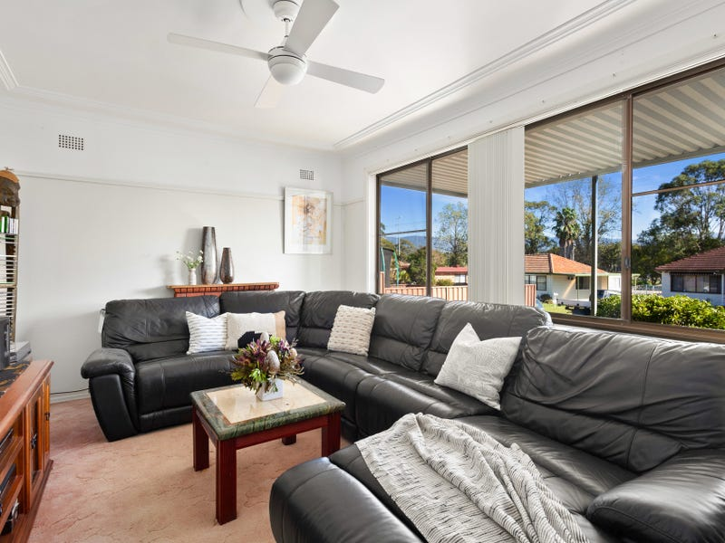 57 Parkside Drive, Dapto, NSW 2530
