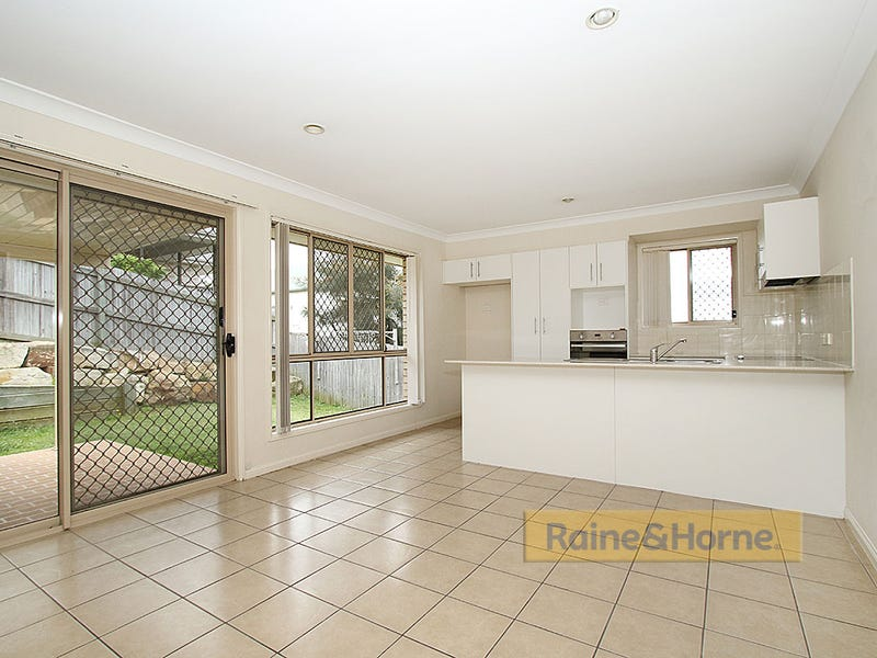 31 Shearwater Tce, Springfield Lakes, Qld 4300