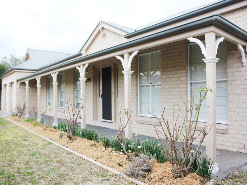 3 Hassall Grove, Bathurst, NSW 2795