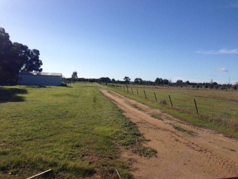 70 McCrabb Road, Deniliquin, NSW 2710