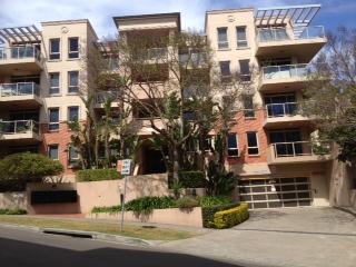 406/6 Yara Ave, Rozelle, NSW 2039