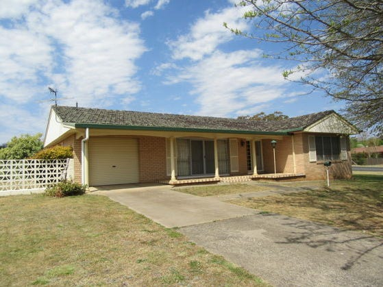 61 Lawrance Street, Glen Innes, NSW 2370