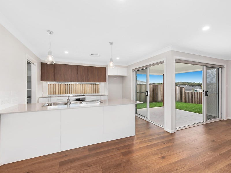 9 Marchment Street, Thrumster, NSW 2444