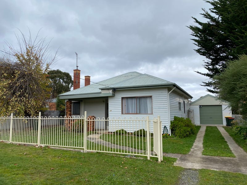 106 Lal Lal Street, Canadian, Vic 3350
