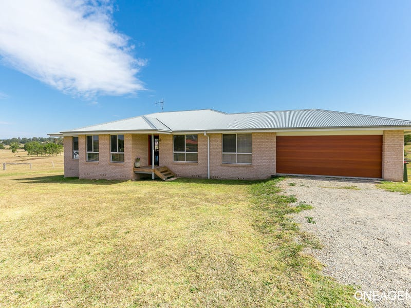 24 McPhillips Place, Greenhill, NSW 2440
