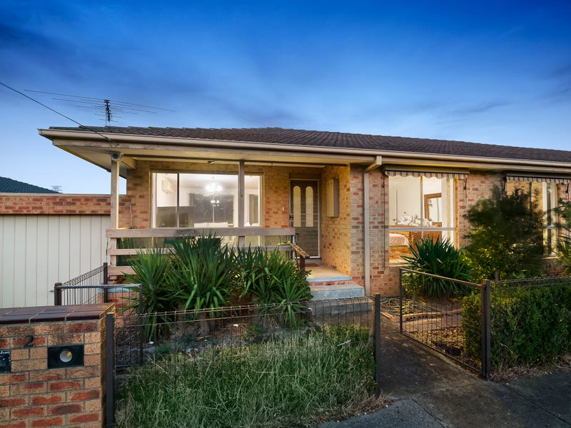 2/1 Sandalwood Drive, Oakleigh South, Vic 3167