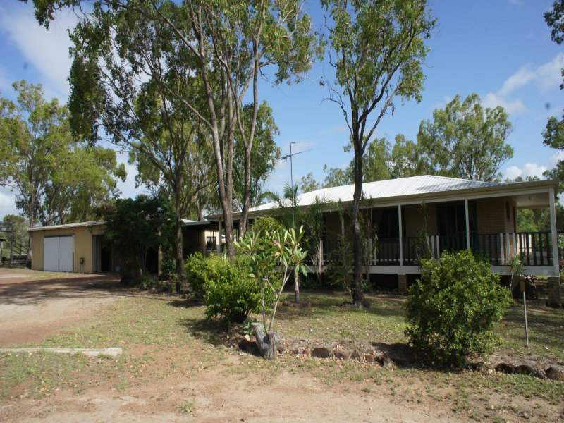 142 Tucker Road, Alton Downs, Qld 4702
