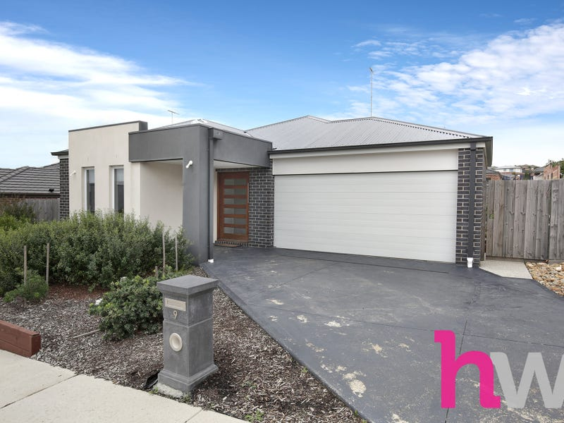 9 Woolondoon Drive, Highton, Vic 3216