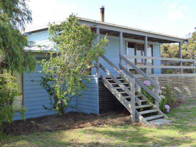 25 Bluff Road, Whitemark, Tas 7255