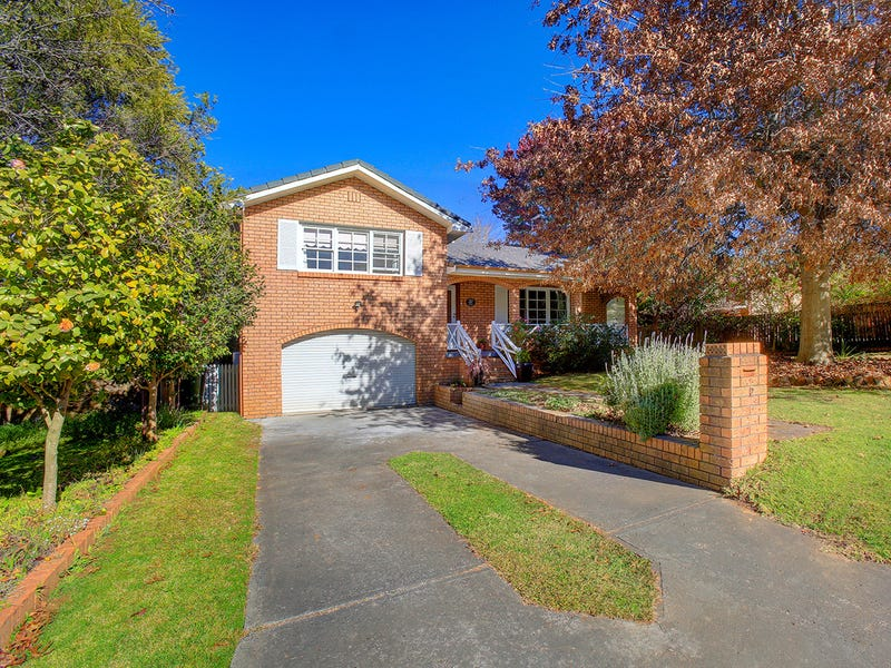 2 Campbell Crescent, Moss Vale, NSW 2577