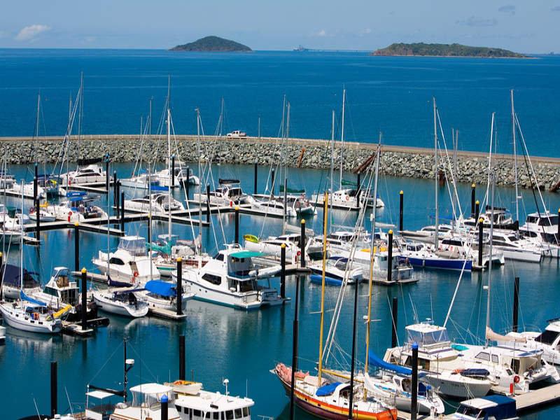 4/5 MEGAN PLACE, Mackay Harbour