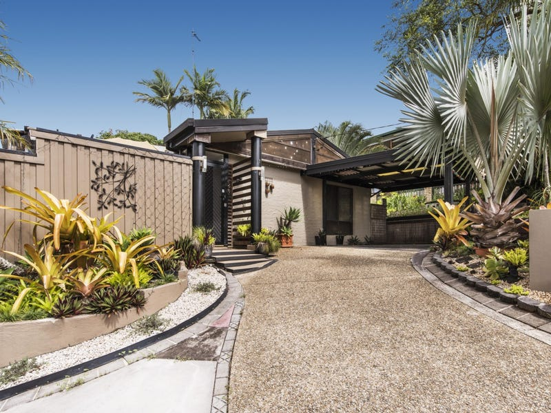 16 Pease Blossom Street, Coes Creek, Qld 4560