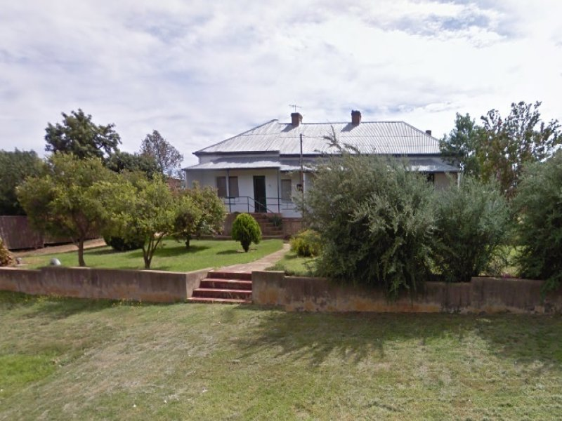 53 Edward St, Young, NSW 2594