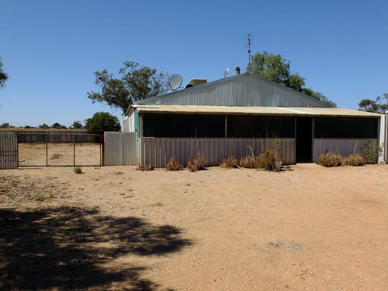 26 Creswell Terrace, Moonta Mines, SA 5558