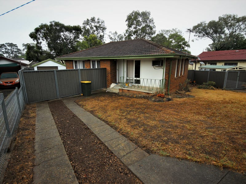 15 Aycliffe Avenue, Hebersham, NSW 2770