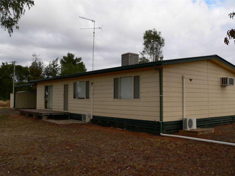 22 Macquarie Street, Bourke, NSW 2840